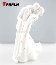 Bride And Groom Resin White Wedding Cake Topper Cake Stand Wedding Cake Accessories Wedding Decoration W22102(China)