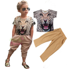 2017 girls spring  European and American trend of street beat tiger head applique T-shirt + leopard pants two sets of clothing