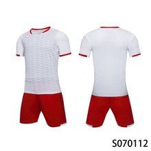 Men's New 2017 Breathable Soccer Jerseys Sets Clubs Party Football Team Soccer Uniforms Shirts Suit Custom(China)
