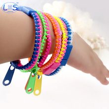 5Pcs/Set 19cm Fashion Zip Bracelet Wristband Metal Zipper Bracelet Fluorescent Neon Creative Gifts Funny Decompression Toy(China)