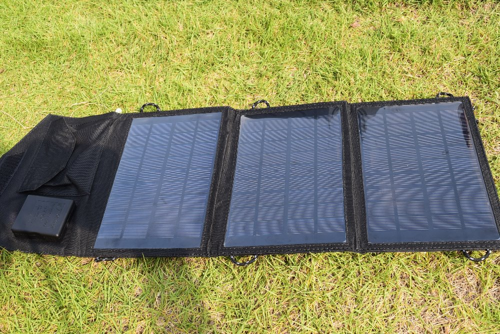 High Quality 10 5W Foldable Solar Charger Mono Solar Panel Chager For iphone Mobile font b