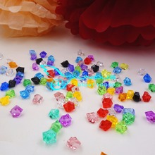 (100Pcs/Bag) 1.5cm Acrylic Crystal Ice Cubes Stones Beads Vase Filling Wedding Centerpiece Docoration Table Confetti
