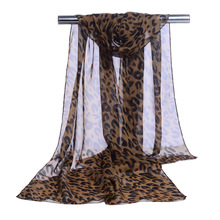 Classic Famous Women Wholesale U Leopard Cheap Hijab Scarf Femme Long Natural Ponchos and Capes Animal Neck Warmer
