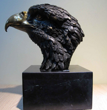 wholesale factory Western Art Deco Bronze Figurine Hawk Eagle Head Marble base Statue Sculpture