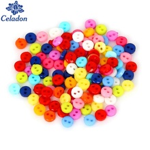 600pcs/lot Random Mixed Plastic 2 Holes 6mm Small Size Sewing Buttons Scrapbooking 6mm Knopf DIY Garment Accessories(China)