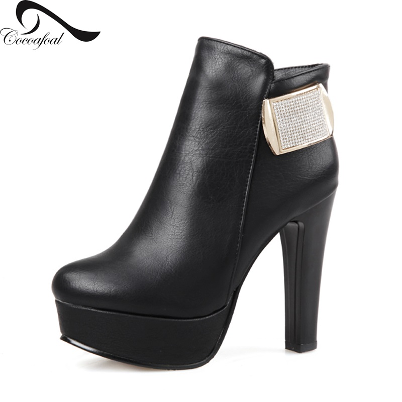 Rhinestone Metal decoration Woman Boots 2017 latest autumn winter wild section Generous fashion Round Toe Sexy winter boots<br><br>Aliexpress