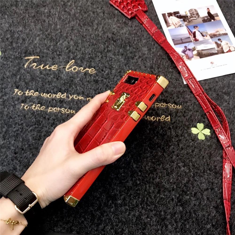 Fashion Luxury Brand Animal Crocodile Skin Square Lattice Case For Iphone X Xs Max Xr 6 6S 7 8 Plus Luster Soft Silicon Cover
