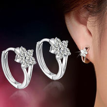 1 Pair Women Lady Girl Plated Silver Crystal Sonwflake Shape Stud Earrings Multi Heart Designs Unique Vogue