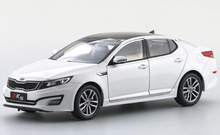 1:18 Diecast Model for Kia K5 Optima 2010 White Alloy Toy Car Collection Gifts(China)