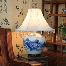 Jingdezhen Vintage style porcelain ceramic desk table lamps for bedside chinese Blue and White Porcelain old handmade table lamp
