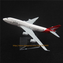16cm Alloy Metal Airplane Model Australian Air Qantas B747 Airlines Aircraft Boeing 747 400 Airways Plane Model W Stand  Gift