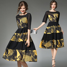 Make spot European summer wear long dress show in the new round collar printing thin woman