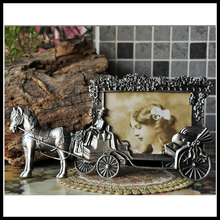 Mini Photo Frames Vintage Picture Frames White Horse Carriage Photoframe(China)