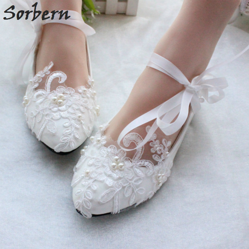 Sorbern Fashion White Wedding Shoes Kitten High Heels Women Pump Heels Patent Leather Lace Appliques Beaded Bridal Shoes 2018<br>