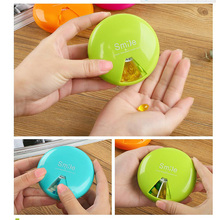1 Medicine Box Mini Weekly Rotating Pillbox Travel Pill Case Pill Organizer Medicine Box Pill Container 4 Color 7 Lattices X0490(China)