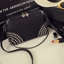 Small Plaid Chain Women Bag Knitted Mini Crossbody Bags For Women Trendy Handbags Shell Shaped Studded Purse With Rivets