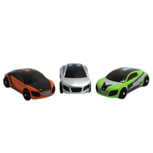 Popular Kids Toys Pocket Racing Game Toy Racer Mini Vibration Racing Car Toy with Lights for iPad Tablet PC 3 Colors Car Shell