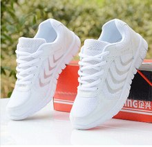 Free shipping new spring summer 2016 Sneakers shoes with flat breathable women MEN Sports Shoes running shoe size 35- 44