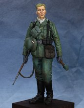 Free Shipping 1/16 Scale Unpainted Resin Figure WW2 German Grenadier 120mm(China)