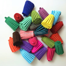Free Shipping 100Pcs 28mm Mixed Suede Leather Jewelry Tassel For Key Chains/ Cellphone Charms Top Plated End Caps Cord Tip