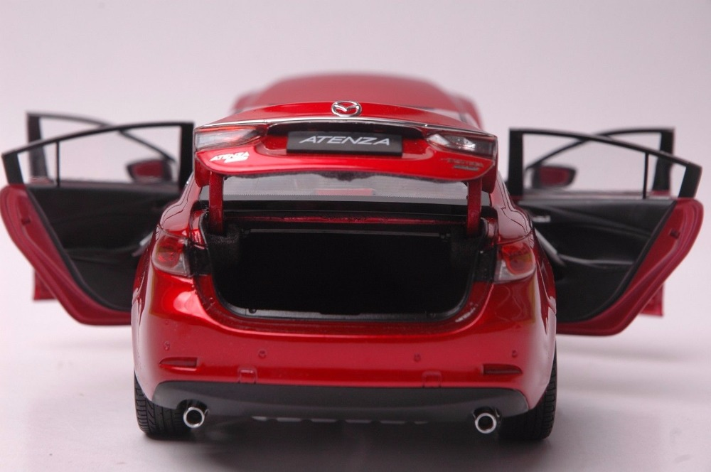 Mazda Atenza car model in scale 118 r 9
