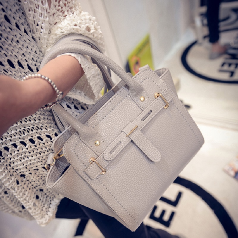 2017 New Fashion Handbags Summer Tide Diagonal Shoulder Bag Hand Locomotive Luxury Casual Woman Bags Handbag Fashion Handbags<br><br>Aliexpress