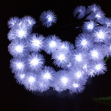 2017 Christmas New Year Solar Outdoor Garden Novelty LED Snowball Snow Flakes String Lights IP65 Holiday Festival Decor. Lamps