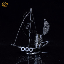 Fashion Sailboat Design Metal Pen Holder Vintage Pen Holder Good Quality Cool Gifts for Office Desk Decor