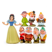 8Pcs/Set Kawaii Zakka Snow White And The Seven Dwarfs Doll Keychain Garden Ornaments Anime Action Figure Collectible Model Toys