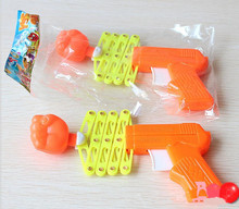 Retractable Fist Shooter Trick Toy Gun Funny Child Kids plastic Party Festival Gift Just For fun Classic Elastic Telescopic Fist(China)
