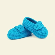Solid color embroidered shoes Crochet Baby Girls Boys Woolen Handmade knitting Sock Infant Shoes Baby Photography Props   5BS76