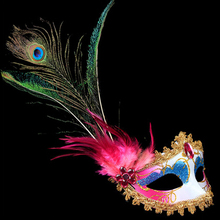 Peacock Feather Plume Mask Party Ball Masquerade Masks Italian Princess of Venice Mask Woman Lady Chriatmas Wedding Decoration(China)