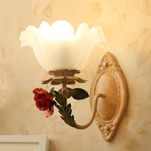 American country pastoral wall lamp beauty salon Club decorative lighting bedroom bedside lamp corridors iron flower wall lamp(China)