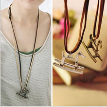 Women's Fashion Retro Small Horse Necklace Sweater Chain Pendant 4ND72(China)