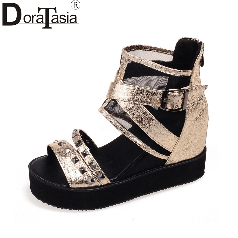 DoraTasia 2018 large size 32-43 brand gladiator shoes woman fashion rivets platform wedge high heels casual sandals woman shoes<br>