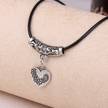 Free Shipping floating charms silver color women necklace Retro Heart collier femme charm Gift X362
