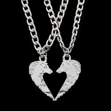 2pcs Wolf Necklaces Make a Heart Pendant Necklace Couples Coin Jewelry for Lovers Animal Gift for Friends