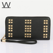 W New Color Rock Stud Women Leather Wallet High Chic Brand Design Lady Standard Wallets Easy Clutch Hand Bag