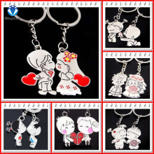 Novelty Items Casual Couple Love Keychain Cartoon Key chain Lovers Key ring Women Wedding Jewelry Accessory Valentines Gift(China)