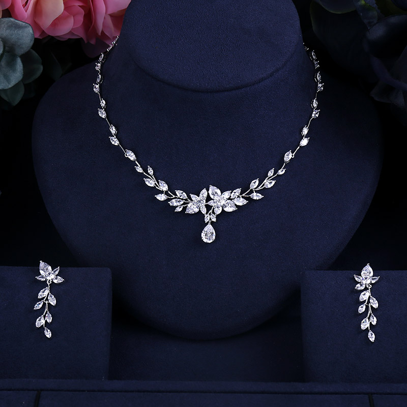 CLEAR Bridal Jewelry sets BRILLIANT CRYSTAL ZIRCON EARRINGS AND NECKLACE JEWELRY SET WEDDING DRESS ACCESSARIES
