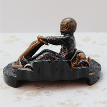 Resin Racing Car Trophy European Modern Decoration Great  Gift Household Ornaments Simple Antique Decor Sport Figurines