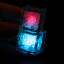 2017 Promotion Real Led Dance 20pcs/lot Led Night Light Ice Cube Simulation Decoration Glowing Toys Lighted Luminaria