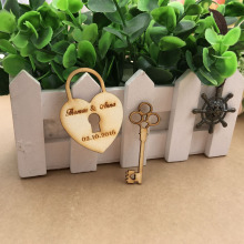 (50)Customized Wedding tags,Personalized wedding favor tags,Wooden Heart and Key,Rustic wedding Wood Tag,wood Hang Tags(China)
