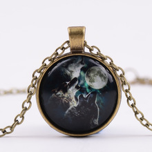 Wolf Totem Alloy Glass Necklace Night Sky Three Wolves Animals Time Synthetic Gemstone Pendant Necklace G97