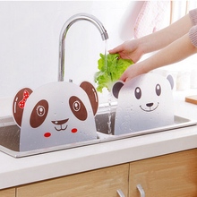 1 pcs Cute panda shape sink water splash pool impermeable baffle plate gadget suction cups rack kitchen tools
