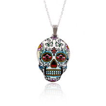 SMJEL New Fashion Colorful Skull Pendant necklace women Silver Color Zinc Alloy Skull Head chain Necklace Party gifts OXL021