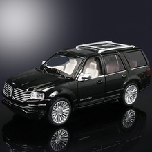 High Simulation Exquisite Diecasts & Toy Vehicles: Good Car Styling Lincoln Navigator Luxury SUV 1:36 Alloy Diecast Car Model(China)
