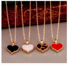 NK147 Fashion Hot New Gossip Girl Serena red hearts with love pendant necklace clavicle chain models Wholesales