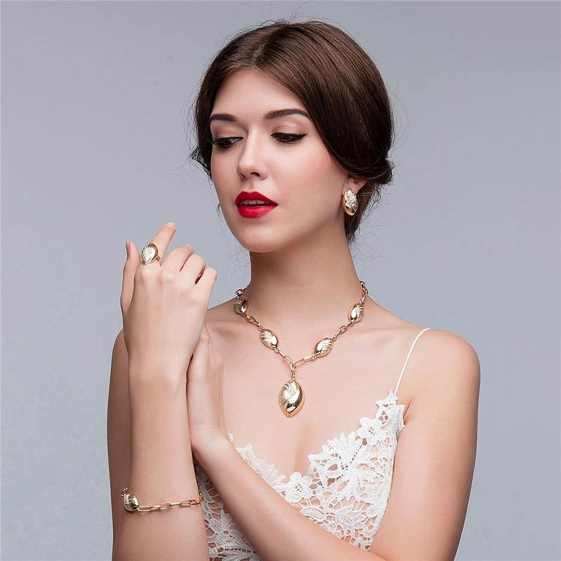 jewelry sets (381)