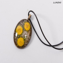1 Pcs/set Hot Handmade Natural Dried Flower Pendant Necklaces Sun Flower Glass Cabochon Necklace Female Jewelry(China)